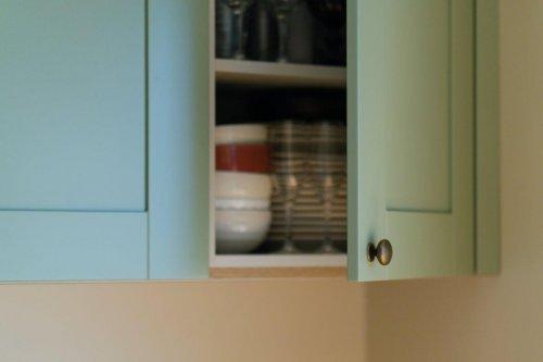 Roheline värvitud MDF ustega köögimööbel